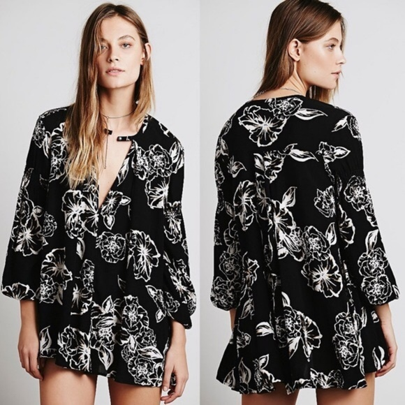 Free People Dresses & Skirts - Free People Floral Foil Print Swing Tunic Dress XS